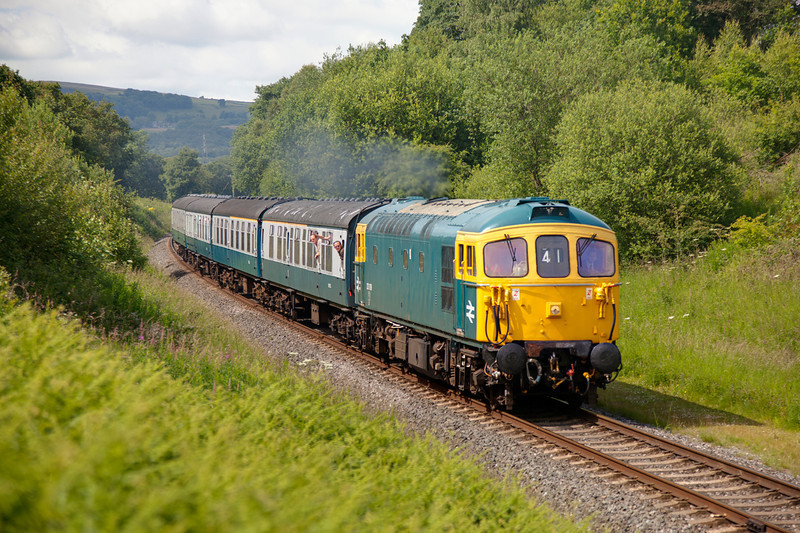 33109 in Burrs cutting with a 2F80 Ramsbottom to Bury on July 1st 2011