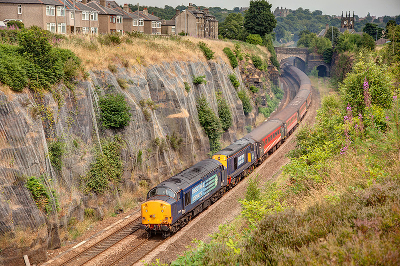 """37603 leads 20312 through Paddock Cutting, Huddersfield with a 1Z87 Blackpool North to Blackpool North """"Cotton Mill Express"""" on Saturday 28th July 2013"""