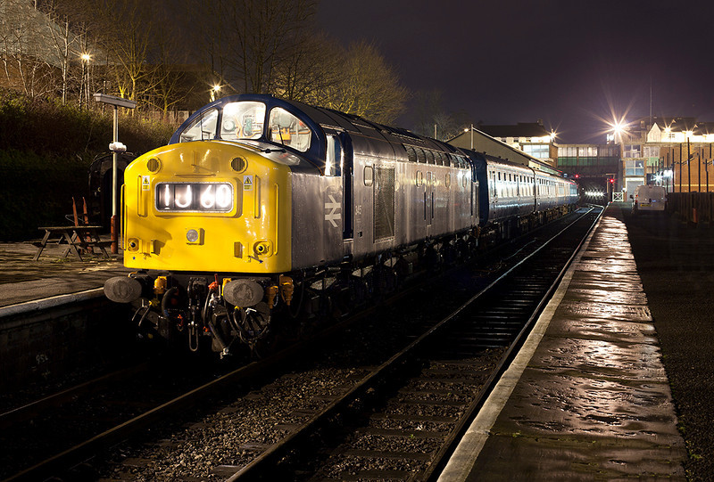 345 posed using only available light prior to being lit during an Ian Furness/CFPS private photo charter on 21st March 2014