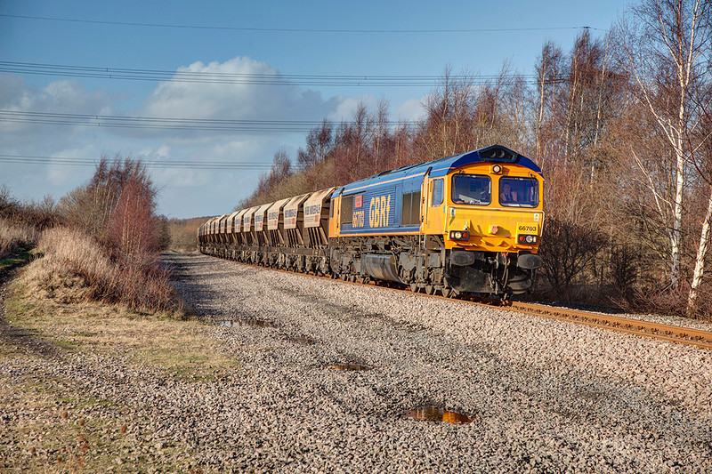 66703 rolls past what is believed to be the site of Carlton Exchange Sidings just north of Shaw Lane Carlton, slowing for the loop at Monk Bretton with the 6E84 Middleton Towers to Monk Bretton on 27th February 2014
