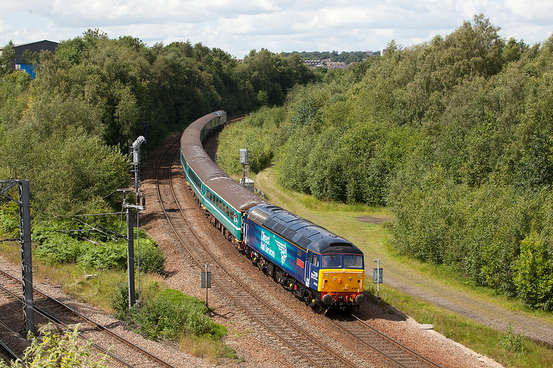 """47810 leads the 1Z25 14:18 Harrogate to Leeds """"le tour-ex""""  (57308 on the rear) at Armley Junction on July 5th 2014"""