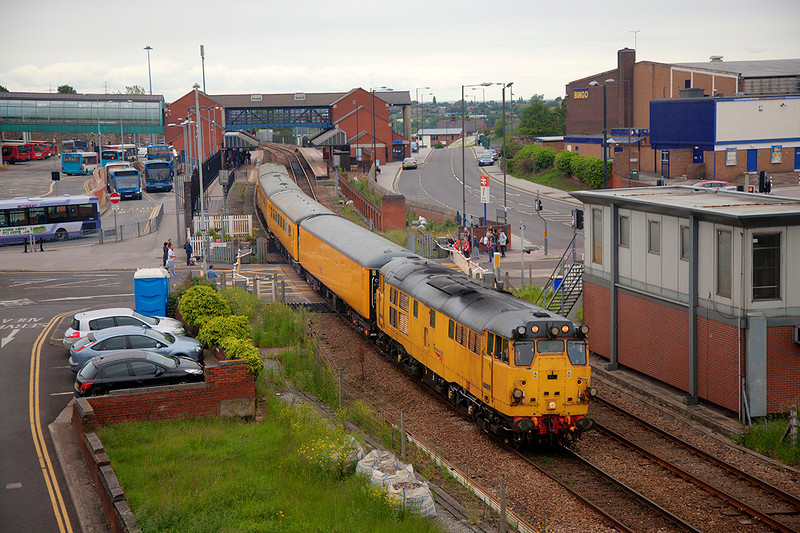 "Veteran Brush 31285 leaves Barnsley 'wrong line' after reversing with a 1Q14 14:29 Derby RTC to Scarborough on 27th May 2014.<br /> <br /> For some reason the ""box wallah"" held the train for over 15 mins to allow passage of a three car 144 on a local to Sheffield meaning it left 11 mins late...<br /> <br /> Very Strange?  :-)"