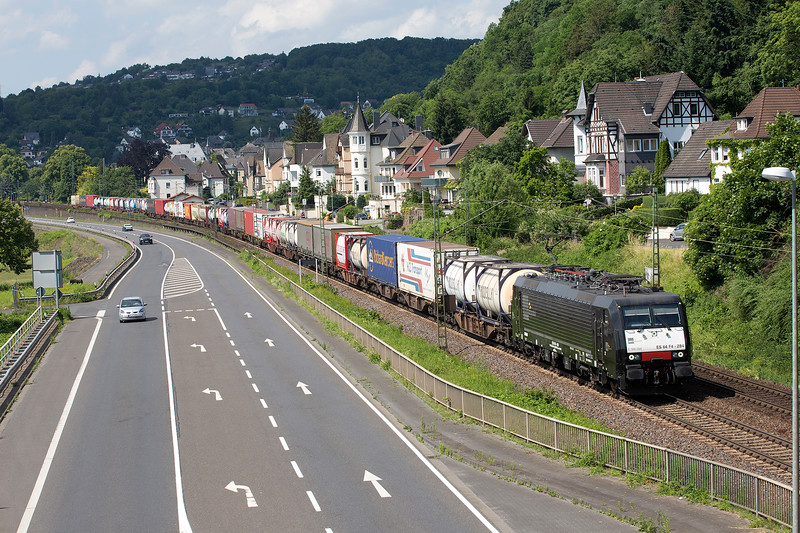 189-284 heads south at Linz with a long freight on 13th June 2015