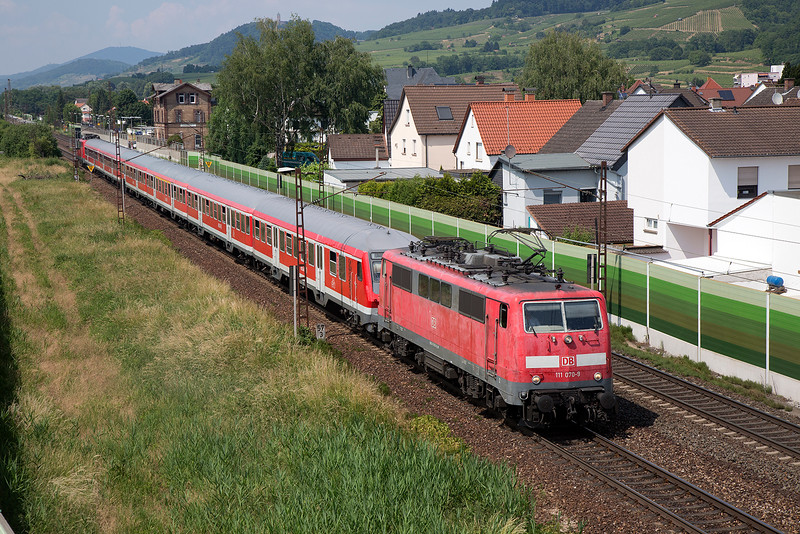 111-070 top n tailed with a sister departs Laudenbach with an express ex Frankfurt on 12th June 2015