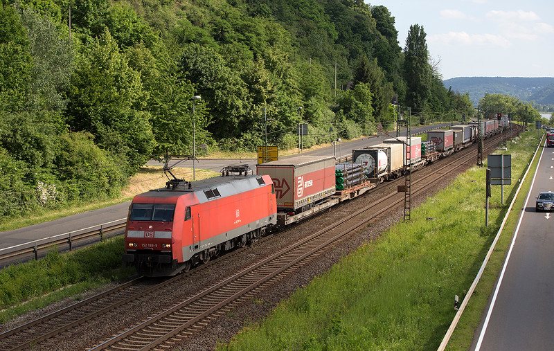 152-169 heads north with a container trai at Linz 13/06/2015