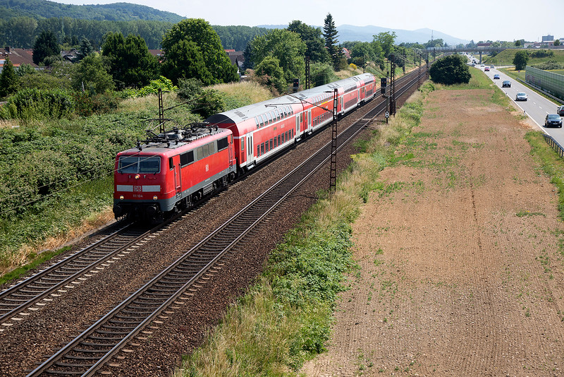 111-104 heads for Frankfurt at Laudenbach on 12th June 2015
