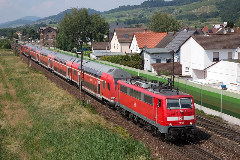 111-190 heads a rake of double decker stock ex Frankfurt away from Laudenbach on 12th June 2015
