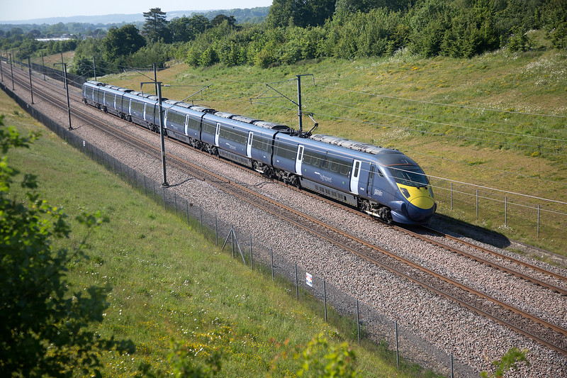 395025 passing Runham Lane with the 1C34 St Pancras-StPamcras on 11th June 2015