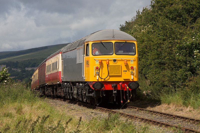 56098 brings up the rear of the 09:45 Northallerton West to Redmire at Preston-under-Scar on July 18th 2015