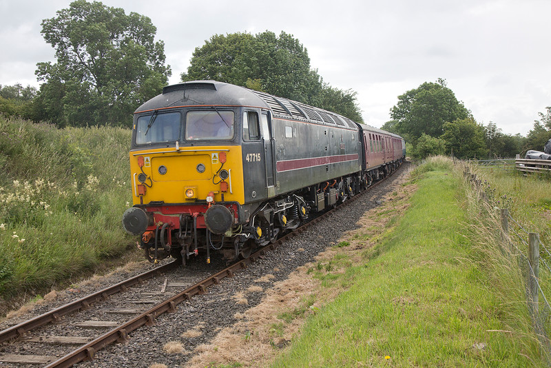 47715 shortly after departure form Bedale with the 08:35 Northallerton West to Redmire on 18/07/2015