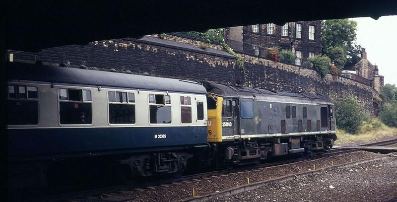25043 - Dewsbury - 19-/7/1975