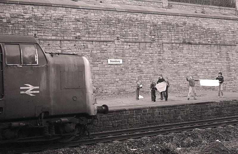 55011 - Dewsbury - 1980/81