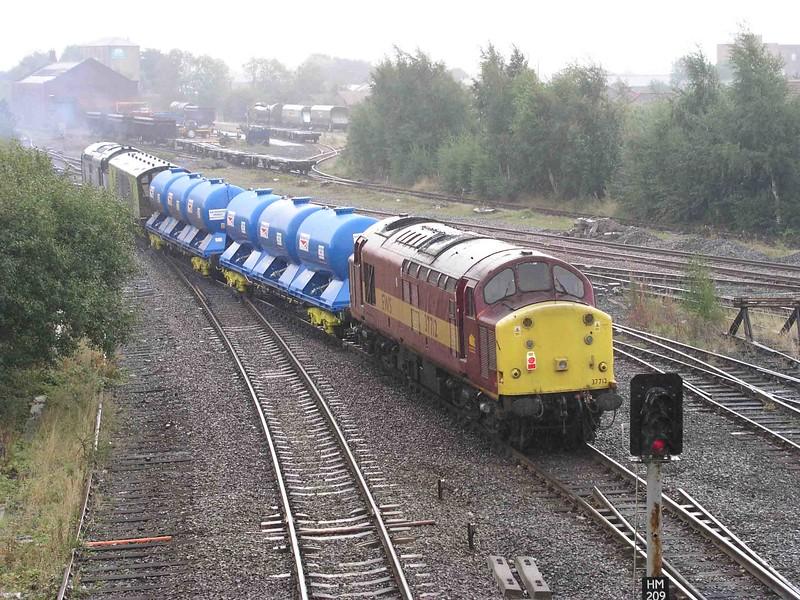 37712 - Healey Mills  25/09/2003