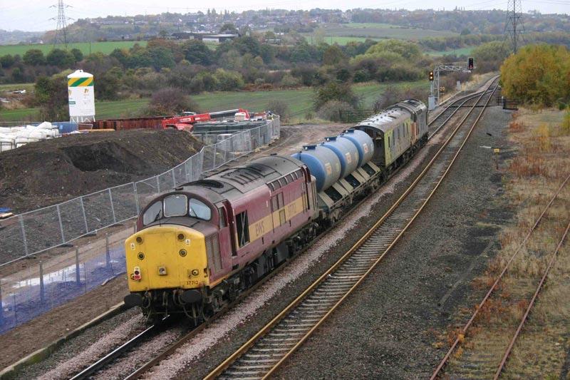 37712 - Healey Mills - 31/10/2003