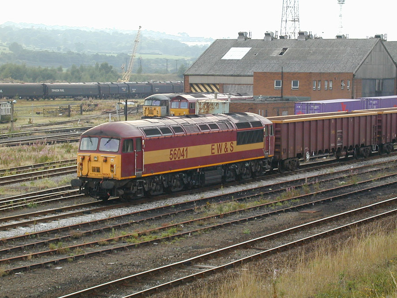 56041 - Healey Mills - 22/08/2001