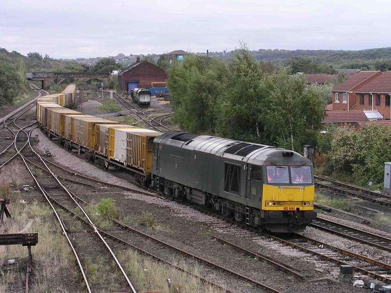 60081 - Healey Mills - 08/10/2003