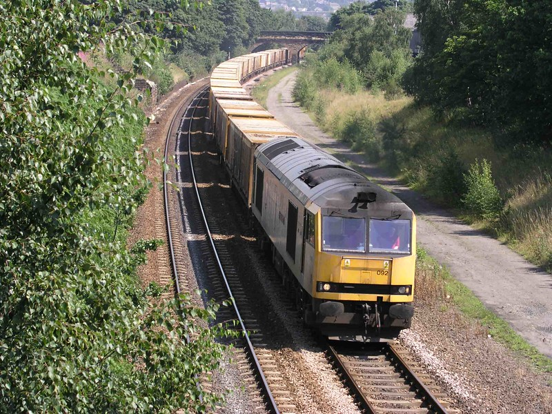 60092 - Dewsbury East Jcn - 04/08/2003