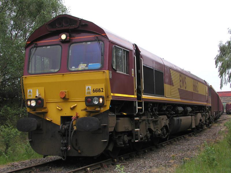 66162-at-dewsbury-on-a-ston
