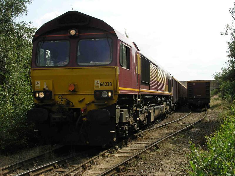 66238_at_Dewsbury_with_6D48_0847_Rylstone-Dewsbury