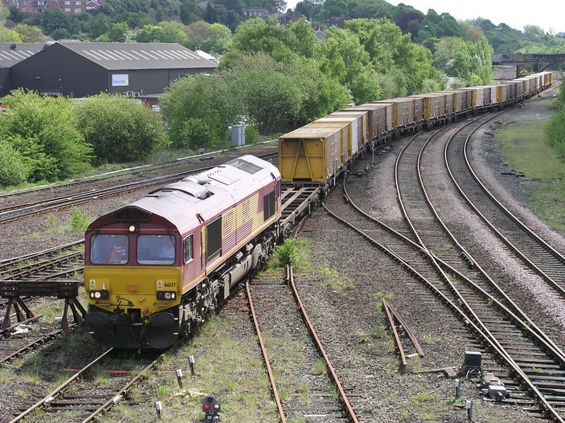 66137-at-HM-6M05-0930-Roxby