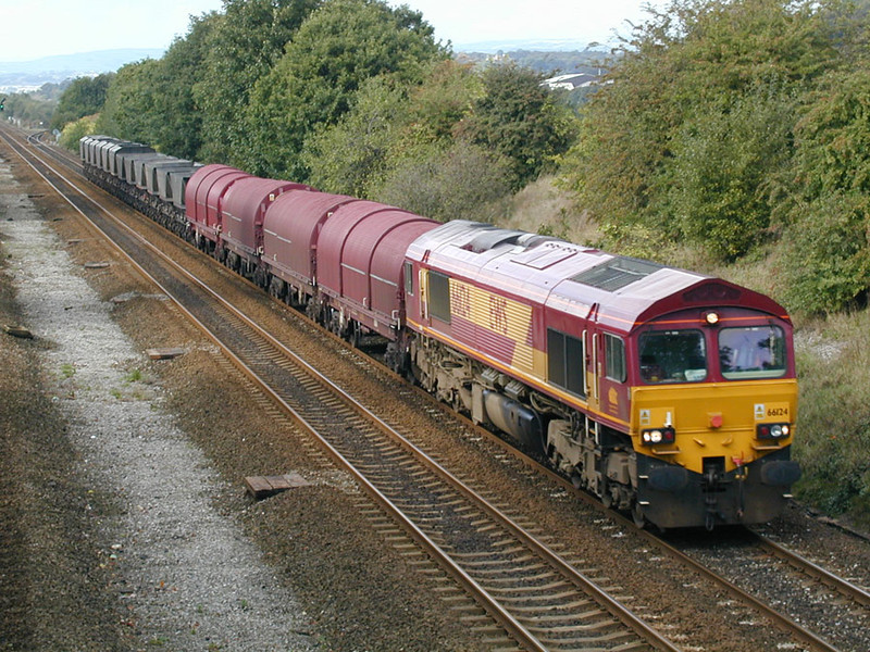 66124-approaching-Mirfield-