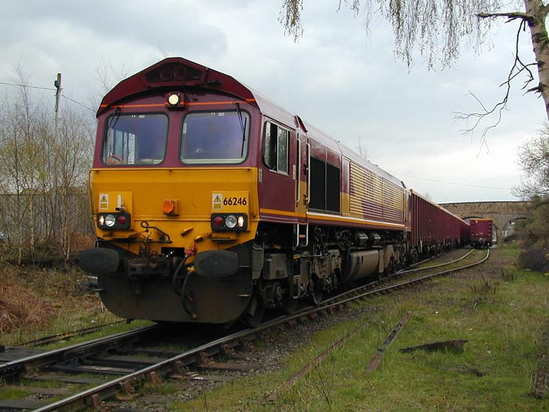 66246-unloading-at-dewsbury