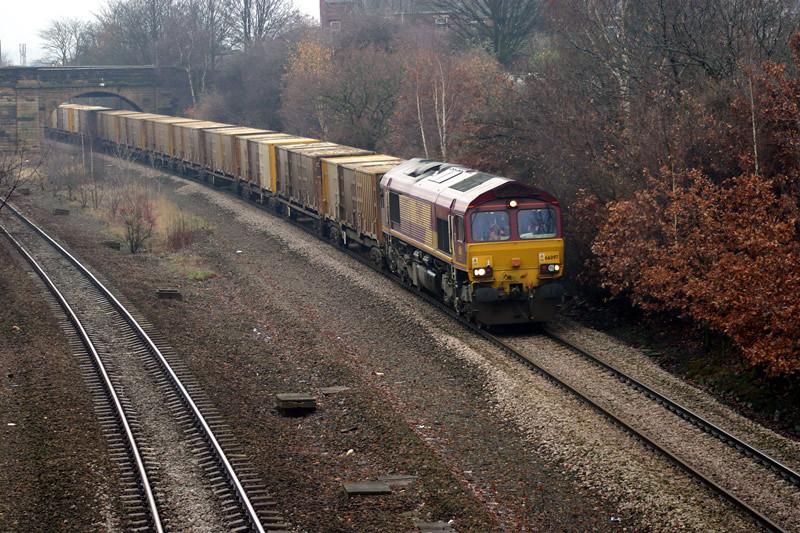 66097 at Dudfleet Lane with 6M05 02/12/2003