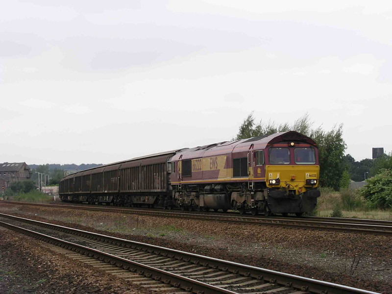 66222_at_Mirfield_with_6E33_1057_Knowsley-IM_18-09