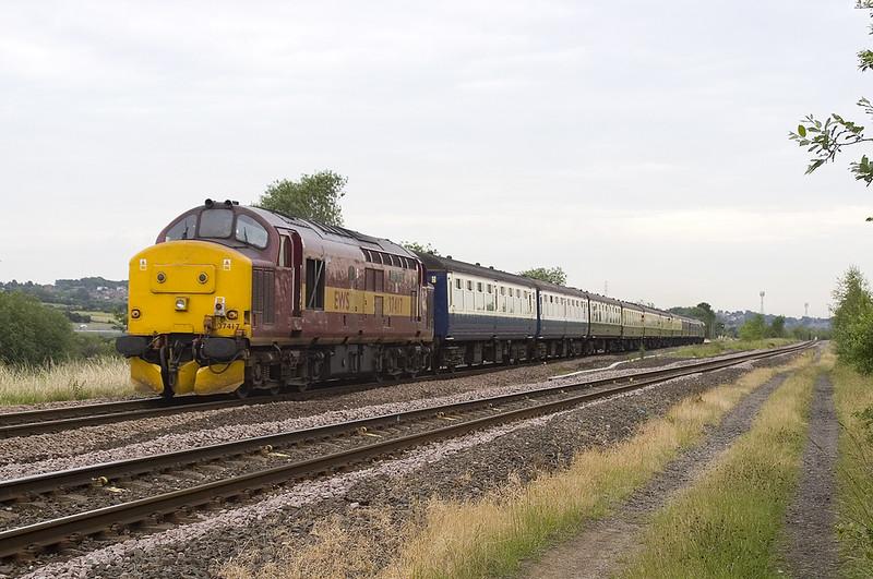 37417 - Dewsbury East Junction 24/6/2006