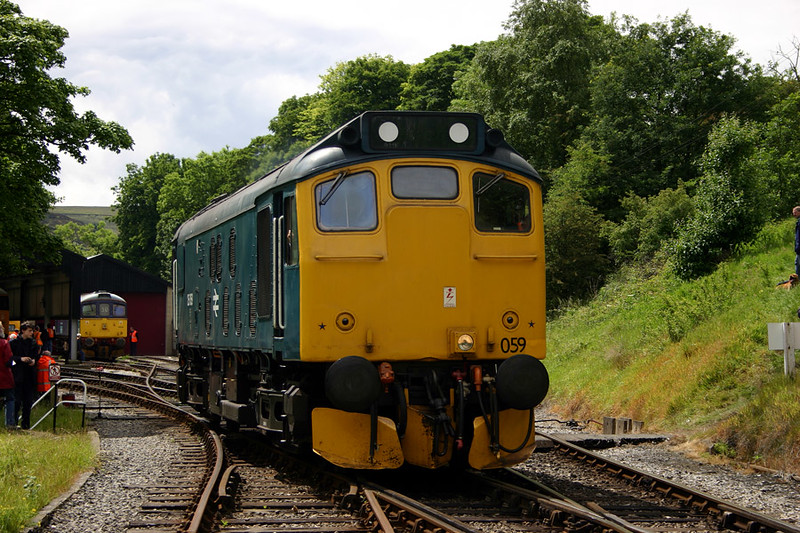 25059 runs off Oxenhope CMD on June 20th 2004