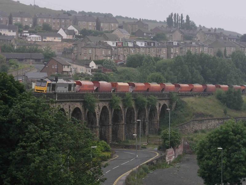60028 - Union Mills Viaduct- 30/06/2003