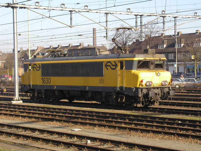 1630 'Zwolle' stabled at Maastricht on 27th November 2002
