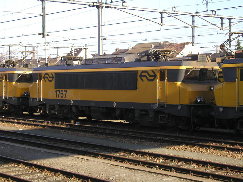 1757 stabled at Maastricht on 27th November 2002