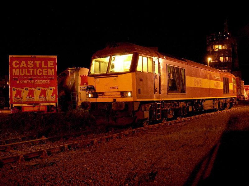 60005 at Ciltheroe after arriving with the 6M79 Box Coal ex Redcar on 16th September 2005 Photo Chris Horner