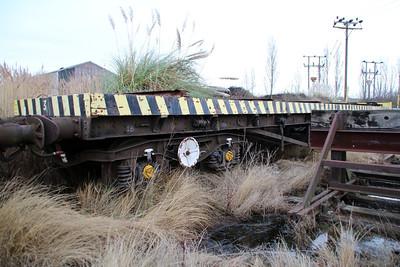 iu No3 ex BDA 951031 Bogie Flat at Queensborough Invicta Scrap Merchants 12/01/13.