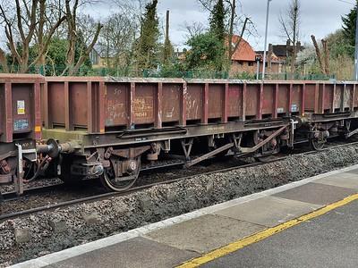 MHA 394544 seen at Hertford North  28/03/21