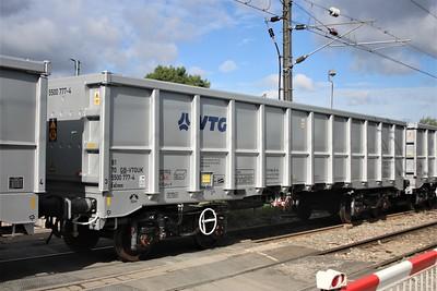 Brand new JNA 81705500777.4 seen at Mitre Bridge Jct on Dollands Moor to Wembley wagon move  02/11/20