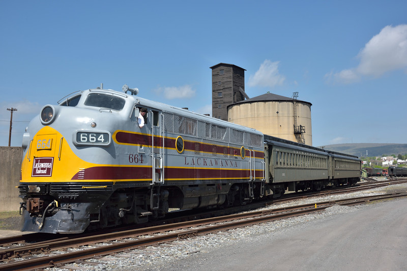 General Motors Electro-Motive Division Model F3 No.664<br /> built in1948. <br /> Painted in Delaware & Lackawanna livery.<br /> <br /> Steamtown, Scranton. PA.<br /> 10 May 2015