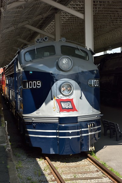 Restored Wabash EMD E8 diesel No.1009<br /> the 10,000th diesel locomotive built by General Motors Electro-Motive Division<br /> <br /> Virginia Museum of Transportation <br /> Roanoke. VA<br /> <br /> 14 May 2015