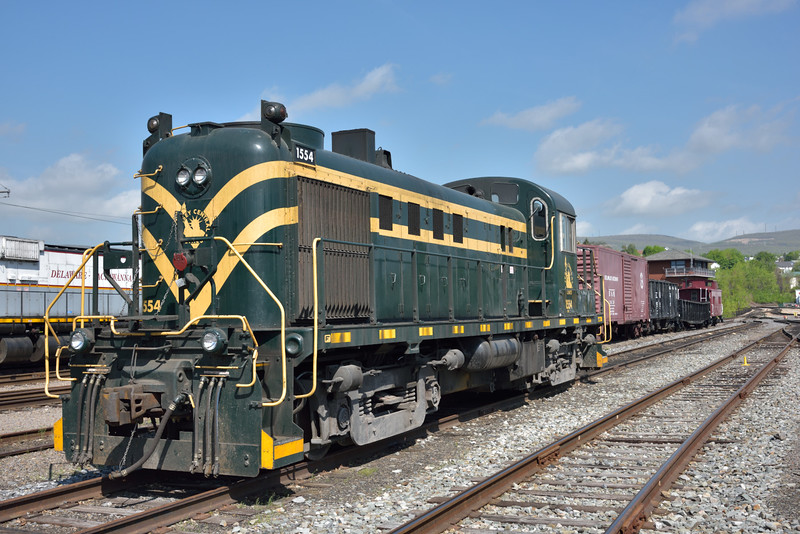 Jersey Central Lines ALCO RS3  No.1554<br /> <br /> Steamtown. Scranton. PA.<br /> 10 May 2015