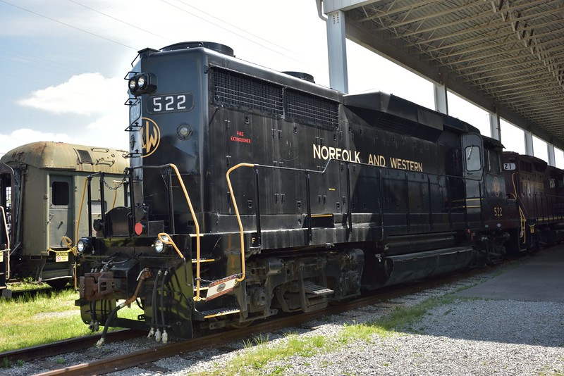 Norfolk & Western  GP30 No.522 <br /> preserved in working order.<br /> <br /> Virginia Museum of Transportation, Roanoke, Virginia<br /> 14 May 2015