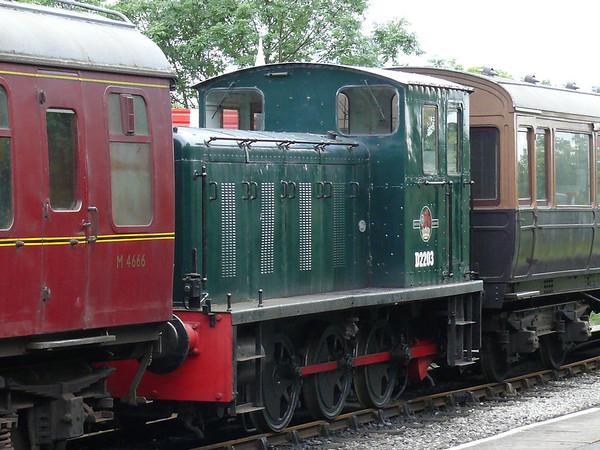 Diesel Loco - D2203 100728 Embsay