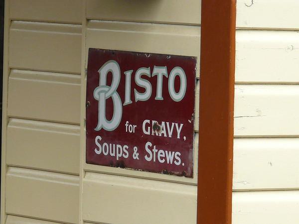 Old Sign, Holt Station [Bisto] 110616