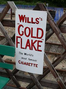 Old Sign, Holt Station [Wills Gold Flake] 110616
