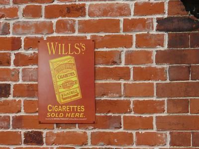 Old Sign, Holt Station [Wills Cigarettes] 110616