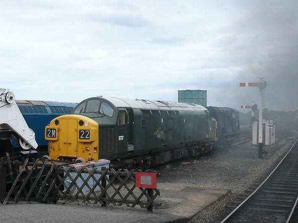 Diesel Loco D6737 110616 Holt