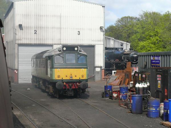 Diesel Loco D5061 110427 Grosmont