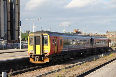 East Midlands Trains 156404 Nottingham Station 2 Jun 18