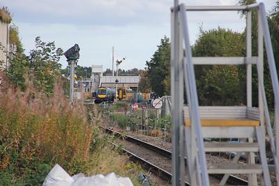 Elgin West Signal Box Looking East 158727_!58725_170407 Sep 17