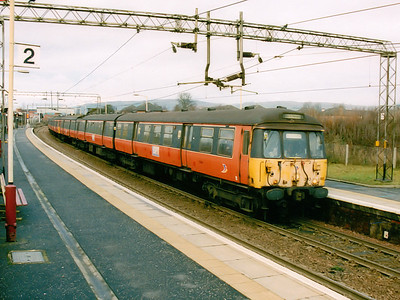 303088 leads 303011 through Yoker on the 30th December 2002